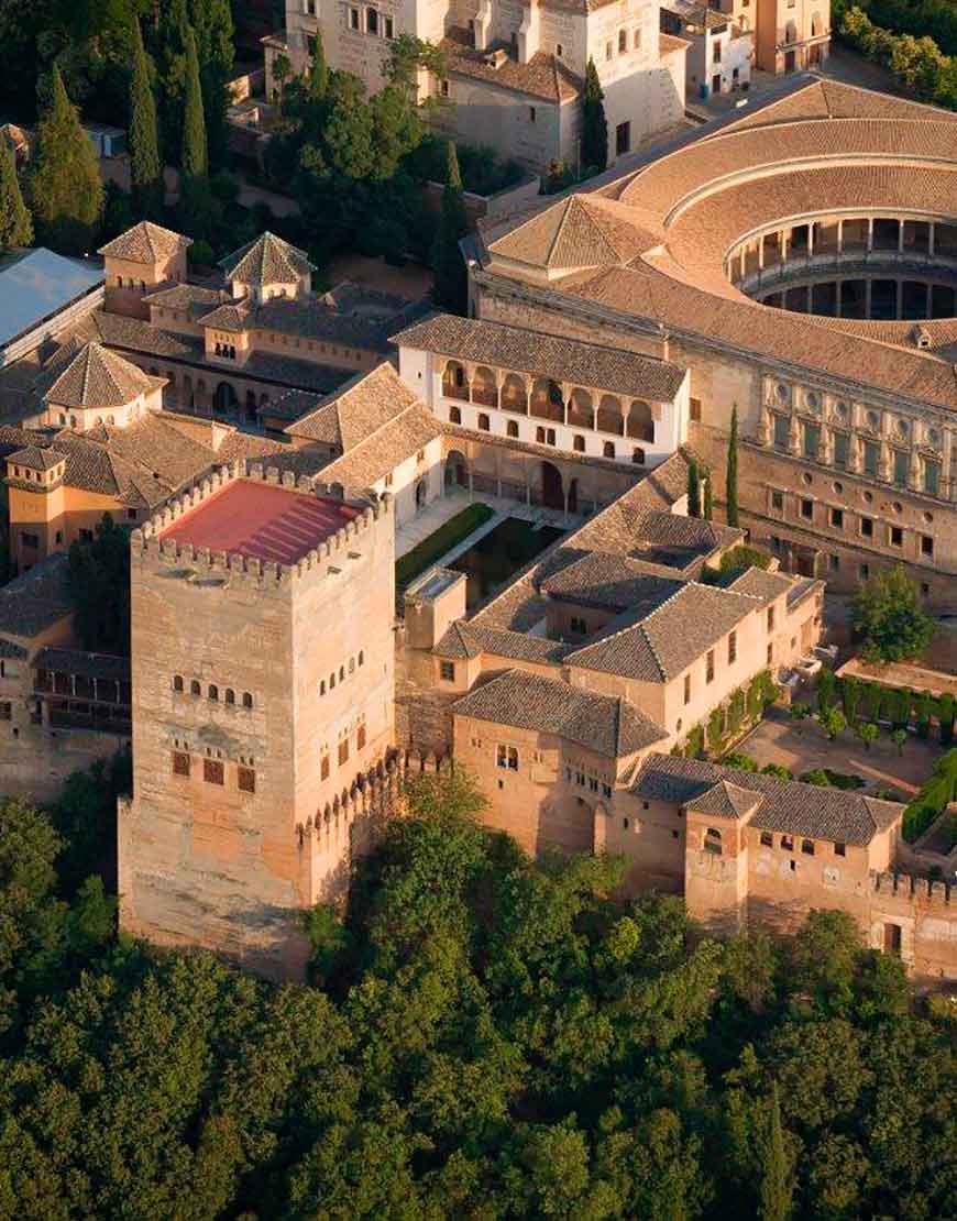 Visita de la alhambra y el generalife con un gu a privado - Residencia los jardines granada ...