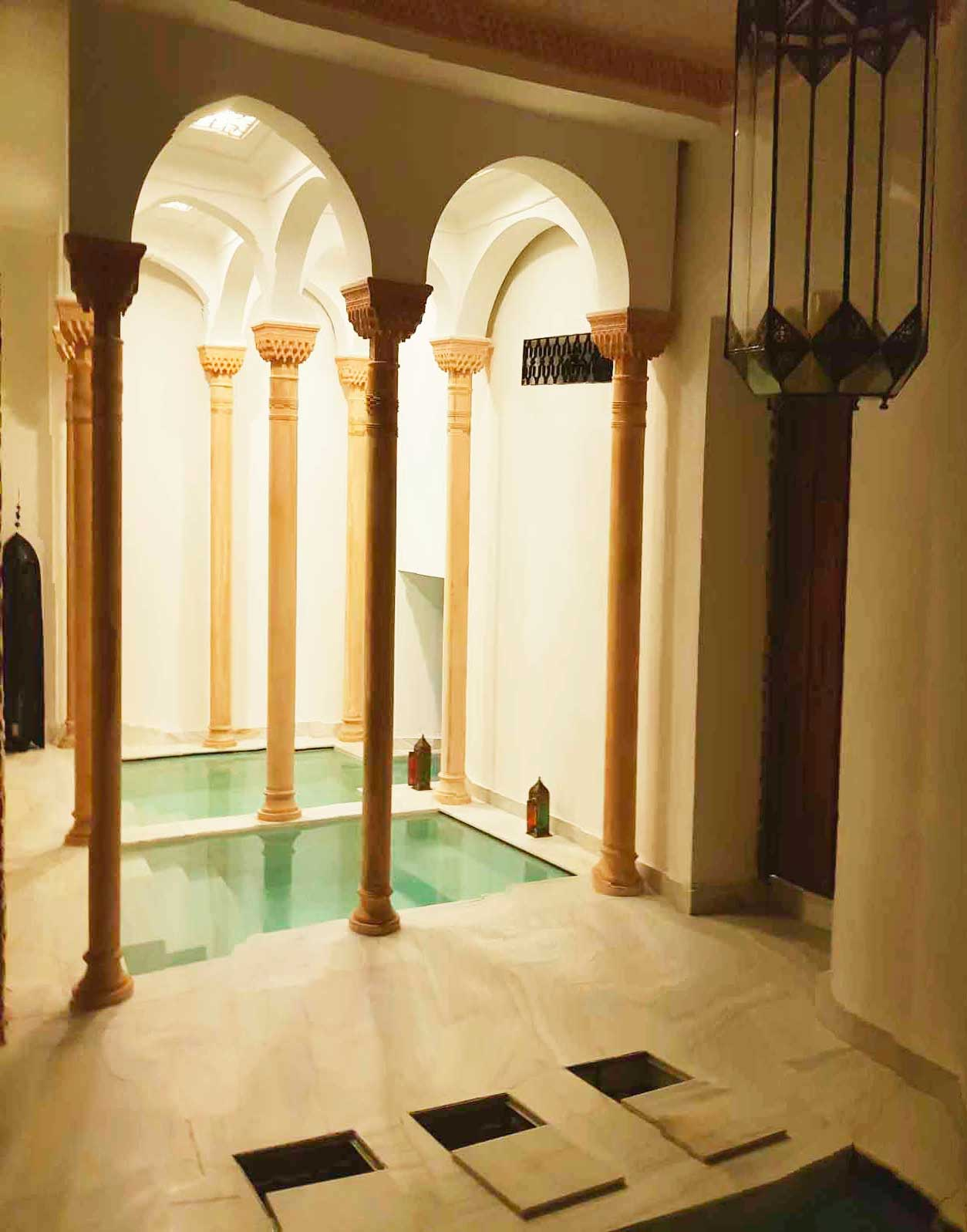 alhambra granada tours official guided tours. Black Bedroom Furniture Sets. Home Design Ideas